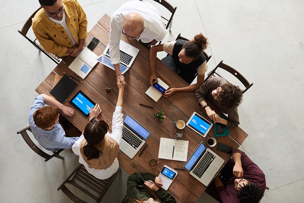 3 dimensions clés pour une conduite du changement réussie dans le field service management